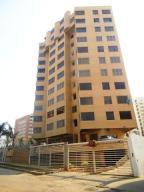 Apartamento En Ventaen Catia La Mar, Playa Grande, Venezuela, VE RAH: 19-10979