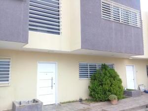 Townhouse En Ventaen Maracaibo, El Milagro Norte, Venezuela, VE RAH: 19-10937