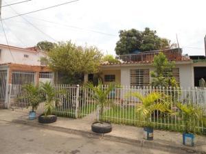 Casa En Ventaen Maracay, La Esmeralda, Venezuela, VE RAH: 19-10936