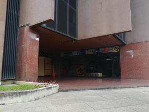 Oficina En Ventaen Caracas, Los Dos Caminos, Venezuela, VE RAH: 19-10962