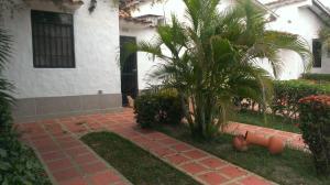 Casa En Ventaen Higuerote, Higuerote, Venezuela, VE RAH: 19-10983