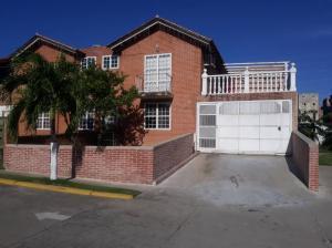 Apartamento En Alquileren Guatire, El Castillejo, Venezuela, VE RAH: 19-11005