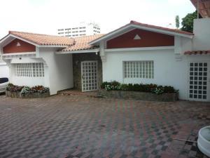Casa En Alquileren Caracas, Altamira, Venezuela, VE RAH: 19-11012