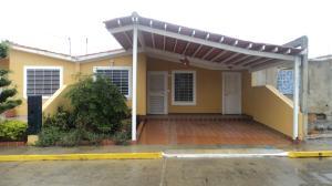 Casa En Ventaen Barquisimeto, Parroquia Tamaca, Venezuela, VE RAH: 19-11015