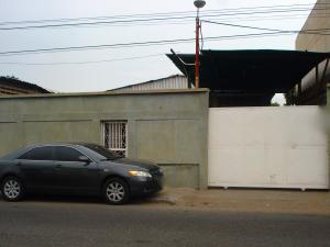 Galpon - Deposito En Ventaen Municipio San Francisco, San Francisco, Venezuela, VE RAH: 19-11034