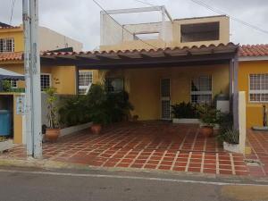Townhouse En Ventaen Maracaibo, Santa Fe, Venezuela, VE RAH: 19-11068