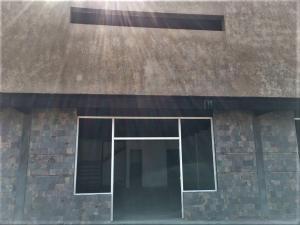 Local Comercial En Alquileren Punto Fijo, Puerta Maraven, Venezuela, VE RAH: 19-11075