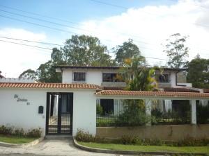 Casa En Ventaen San Antonio De Los Altos, Club De Campo, Venezuela, VE RAH: 19-11178