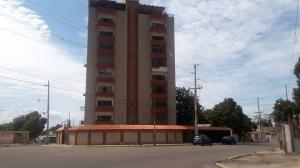 Apartamento En Alquileren Maracaibo, Primero De Mayo, Venezuela, VE RAH: 19-11166