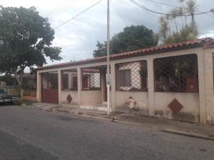 Casa En Ventaen Guacara, Ciudad Alianza, Venezuela, VE RAH: 19-11168