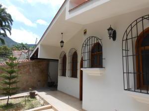 Casa En Ventaen Valencia, Trigal Norte, Venezuela, VE RAH: 19-11293