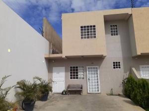 Casa En Ventaen Cabudare, Parroquia José Gregorio, Venezuela, VE RAH: 19-11225
