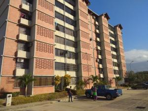 Apartamento En Ventaen Guarenas, Nueva Casarapa, Venezuela, VE RAH: 19-11288