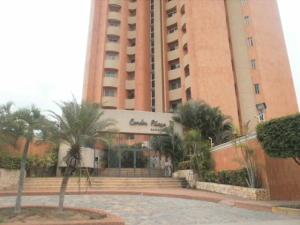 Apartamento En Alquileren Maracaibo, El Milagro, Venezuela, VE RAH: 19-11341