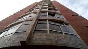 Apartamento En Ventaen Maracay, Zona Centro, Venezuela, VE RAH: 19-11395