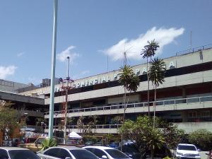 Local Comercial En Ventaen Caracas, Propatria, Venezuela, VE RAH: 19-11358