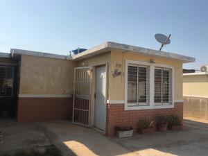 Casa En Ventaen Punto Fijo, Pedro Manuel Arcaya, Venezuela, VE RAH: 19-11430