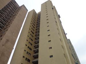 Apartamento En Ventaen Municipio Naguanagua, Casco Central, Venezuela, VE RAH: 19-11470