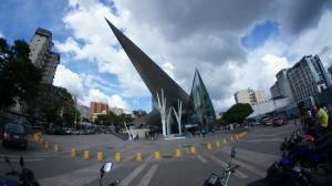Local Comercial En Alquileren Caracas, Los Dos Caminos, Venezuela, VE RAH: 19-11486