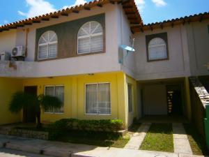 Casa En Ventaen Municipio San Diego, Pueblo De San Diego, Venezuela, VE RAH: 19-11511