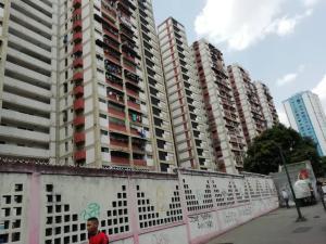 Apartamento En Ventaen Caracas, El Valle, Venezuela, VE RAH: 19-11611