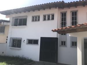 Casa En Ventaen Caracas, Alto Prado, Venezuela, VE RAH: 19-11680