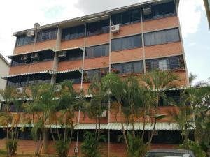 Apartamento En Ventaen Guarenas, Ciudad Casarapa, Venezuela, VE RAH: 19-11777