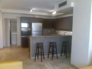 Apartamento En Alquileren Maracaibo, Paraiso, Venezuela, VE RAH: 19-11583