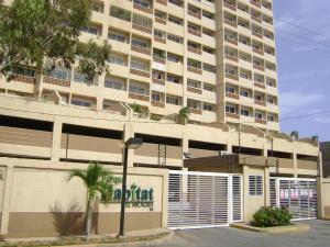Apartamento En Ventaen Maracaibo, Avenida El Milagro, Venezuela, VE RAH: 19-11594