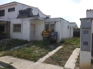 Casa En Ventaen Cabudare, Parroquia Cabudare, Venezuela, VE RAH: 19-11696