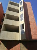 Apartamento En Ventaen Barcelona, Nueva Barcelona, Venezuela, VE RAH: 19-11614