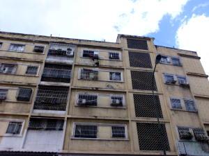 Apartamento En Ventaen Caracas, Los Rosales, Venezuela, VE RAH: 19-11630