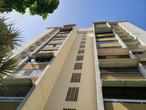 Apartamento En Ventaen Caracas, La Trinidad, Venezuela, VE RAH: 19-11657