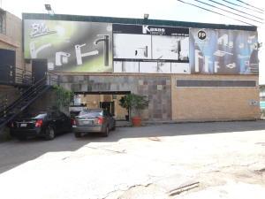 Local Comercial En Alquileren Caracas, Baruta, Venezuela, VE RAH: 19-12481