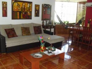 Apartamento En Ventaen Caracas, La Urbina, Venezuela, VE RAH: 19-11725