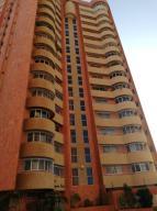 Apartamento En Ventaen Maracaibo, La Lago, Venezuela, VE RAH: 19-11739