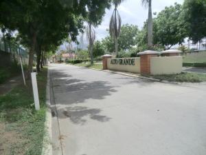 Apartamento En Ventaen Guatire, Alto Grande, Venezuela, VE RAH: 19-11799