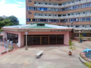 Apartamento En Ventaen Higuerote, Higuerote, Venezuela, VE RAH: 19-11757