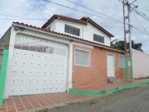 Casa En Ventaen Barquisimeto, Parroquia Santa Rosa, Venezuela, VE RAH: 19-12064