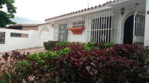 Casa En Ventaen Valencia, Trigal Norte, Venezuela, VE RAH: 19-11901