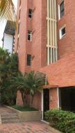 Apartamento En Alquileren Maracaibo, Avenida El Milagro, Venezuela, VE RAH: 19-11985