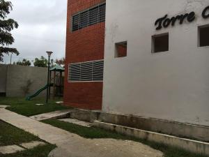 Apartamento En Ventaen Cabudare, Los Samanes, Venezuela, VE RAH: 19-11982