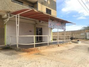 Local Comercial En Alquileren Punto Fijo, Puerta Maraven, Venezuela, VE RAH: 19-12042