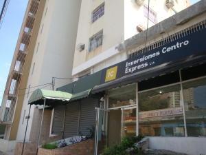 Local Comercial En Ventaen Maracay, Zona Centro, Venezuela, VE RAH: 19-12047