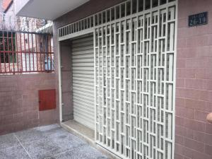 Galpon - Deposito En Alquileren Caracas, Catia, Venezuela, VE RAH: 19-12051
