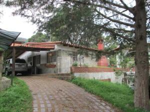 Casa En Ventaen El Junquito-Vargas, El Junko Country Club, Venezuela, VE RAH: 19-12054