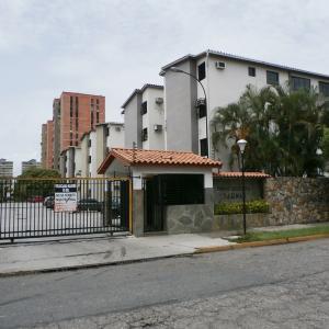 Apartamento En Ventaen Municipio Naguanagua, La Granja, Venezuela, VE RAH: 19-12070