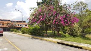 Townhouse En Ventaen Merida, Campo Claro, Venezuela, VE RAH: 19-11495