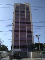 Apartamento En Ventaen Maracaibo, Calle 72, Venezuela, VE RAH: 19-12185