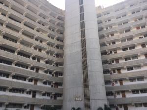 Apartamento En Ventaen Catia La Mar, Playa Grande, Venezuela, VE RAH: 19-12168